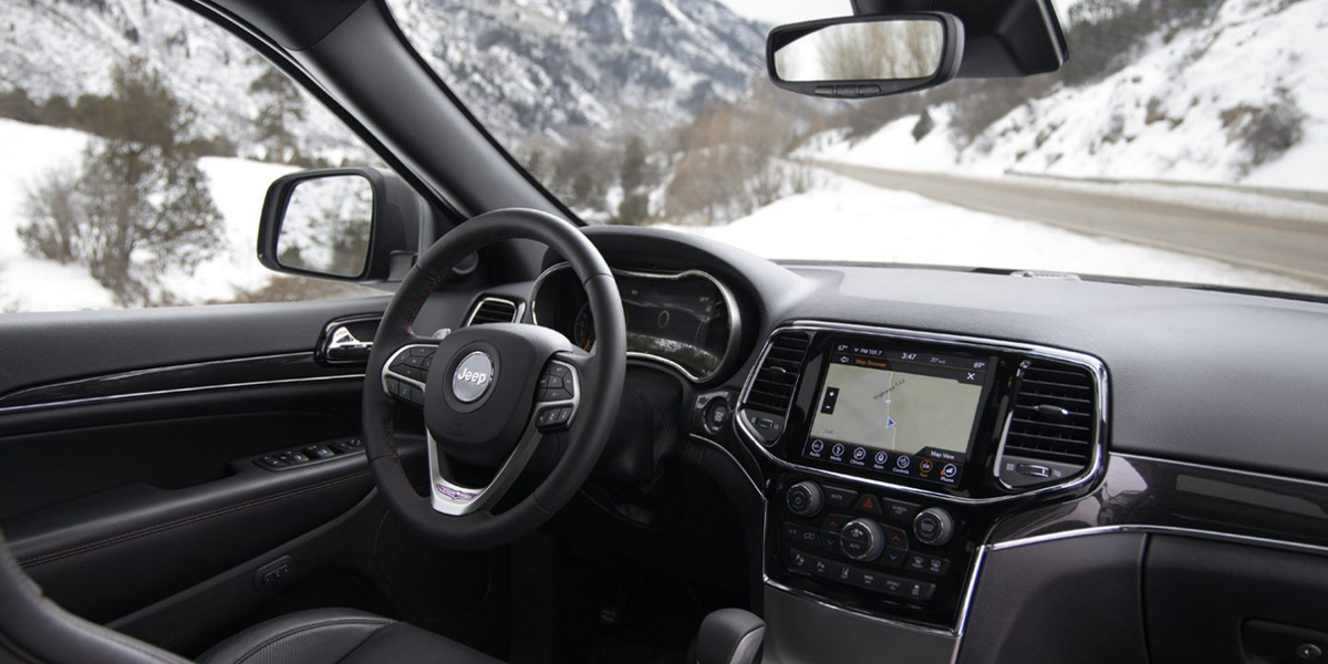 Boulder CO - 2020 Jeep Grand Cherokee's Interior