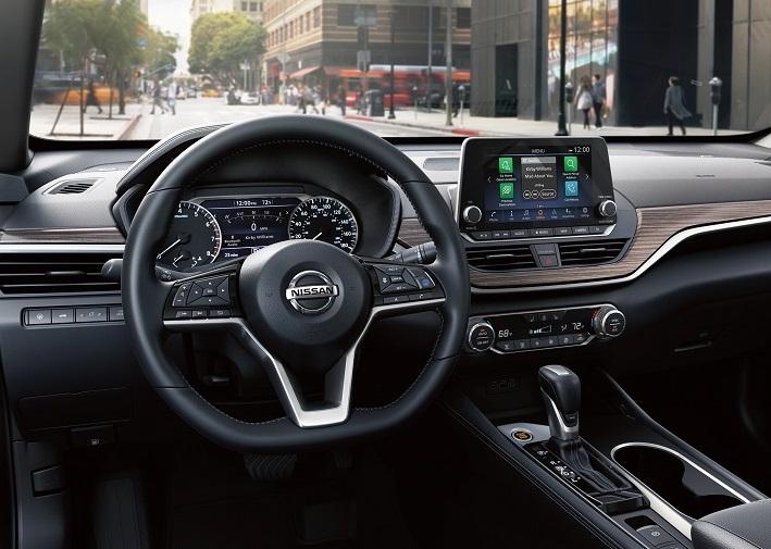 New Braunfels TX - 2020 Nissan Altima's Interior