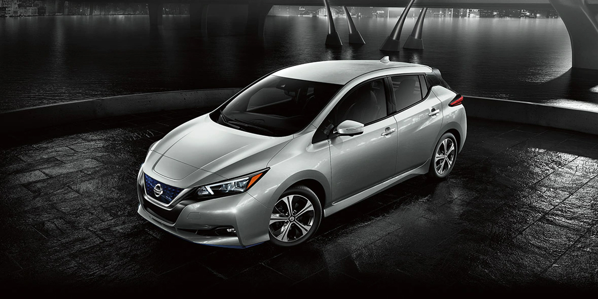 Test drive a 2020 Nissan LEAF in Lakewood CO