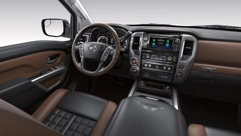 San Antonio Texas - 2020 Nissan Titan's Interior