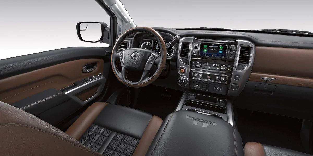 Los Angeles CA - 2020 Nissan Titan's Interior