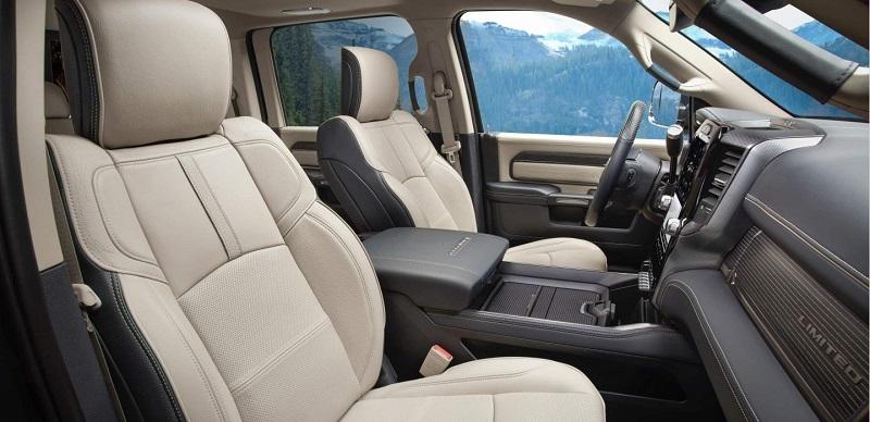 El Paso TX - 2020 Ram Chassis Cab's Interior