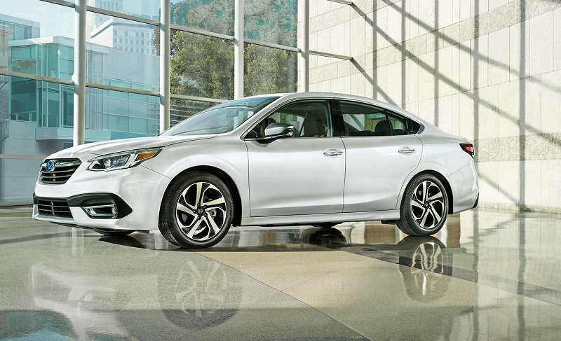 2020 Subaru Legacy vs 2020 Honda Accord near Detroit Michigan