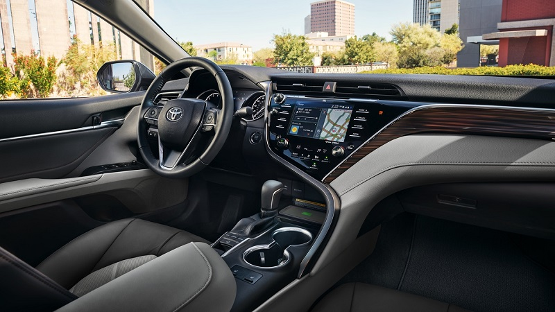 Pittsburgh PA - 2020 Toyota Camry's Interior