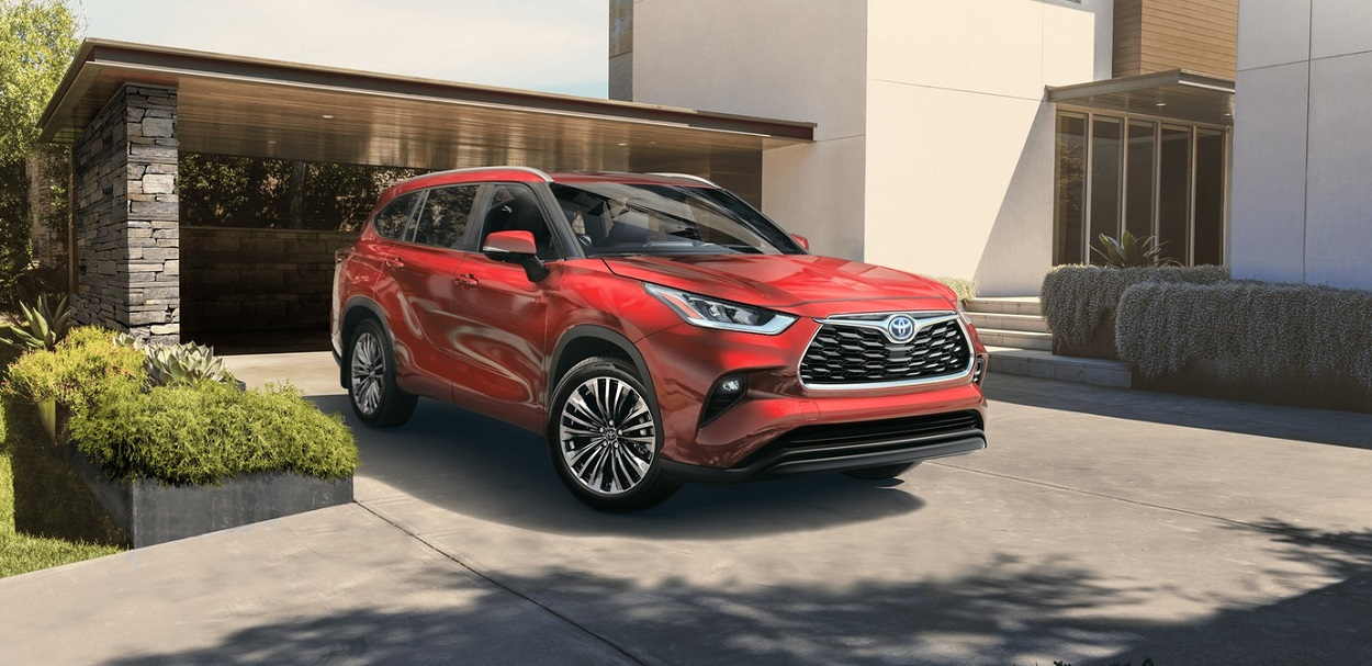 2020 Toyota Highlander vs 2019 Ford Escape - Tarbox Toyota