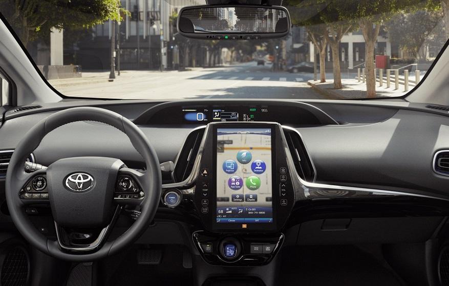 North Kingstown RI - 2020 Toyota Prius's Interior