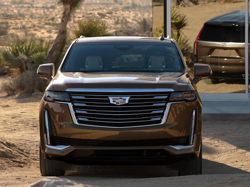 Maquoketa IA - 2021 Cadillac Escalade's Exterior