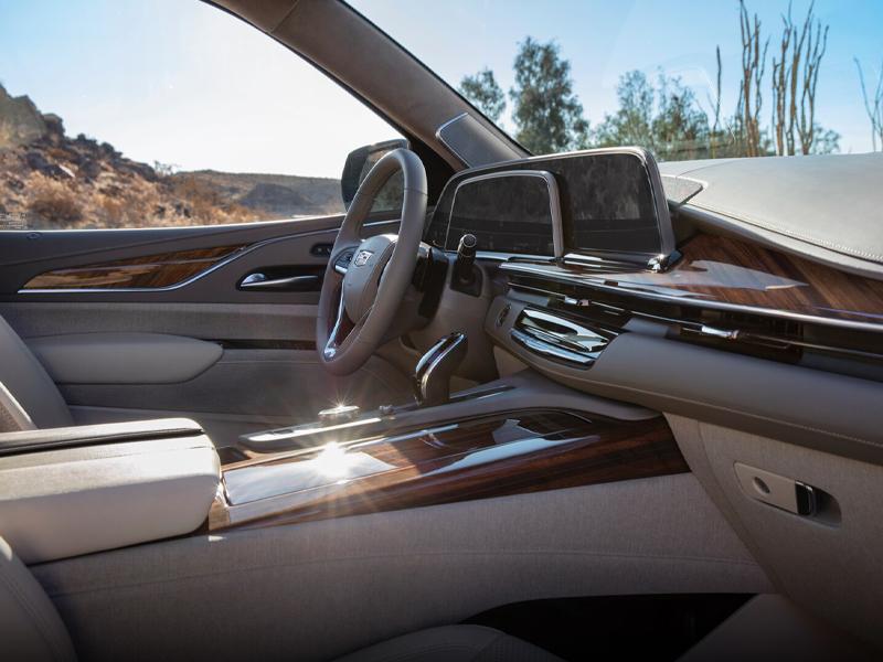 Maquoketa IA - 2021 Cadillac Escalade's Interior