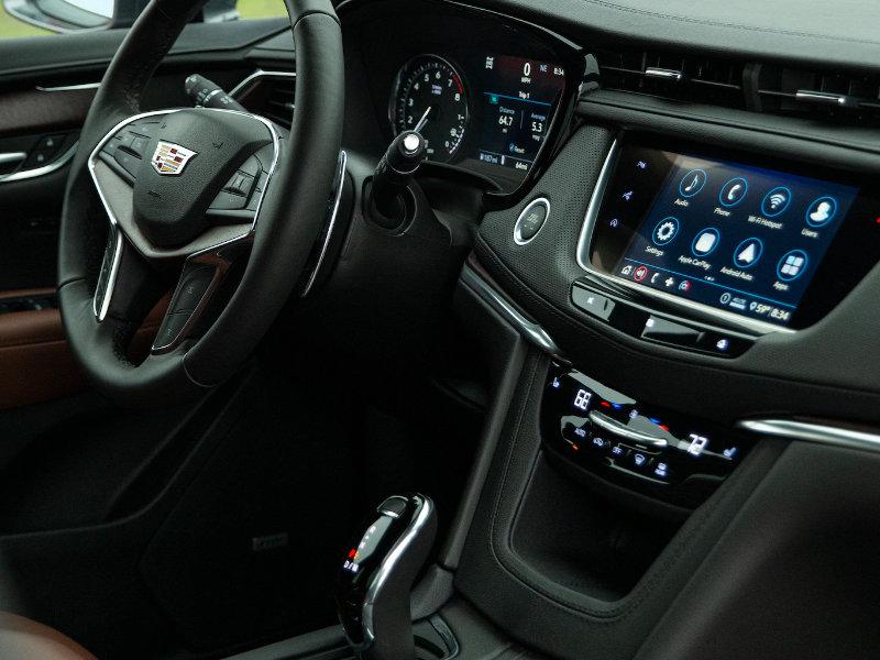 Maquoketa IA - 2021 Cadillac XT5's Interior