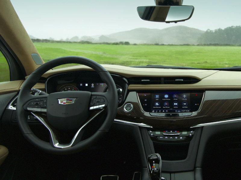 Maquoketa IA - 2021 Cadillac XT6's Interior