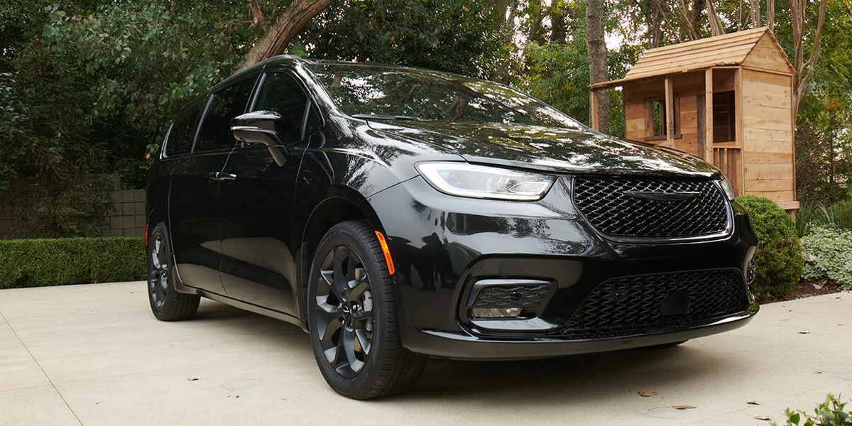 Puente Hills Dodge - Find your 2021 Chrysler Pacifica near Alhambra CA