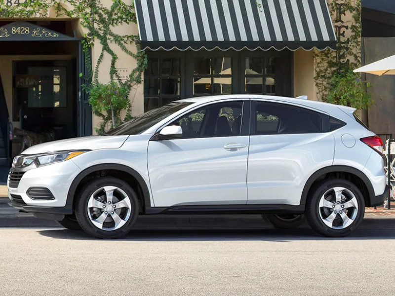 Research 2021 Honda HR-V in West Burlington IA