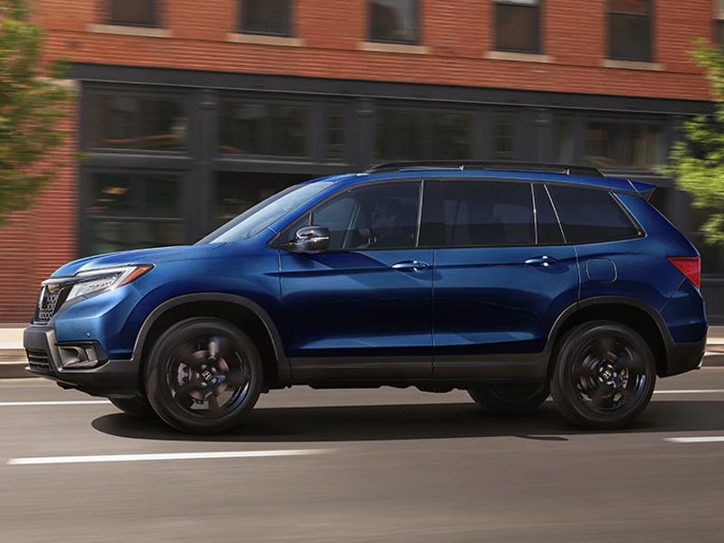 A 2021 Honda Passport is the perfect family SUV near Burlington IA