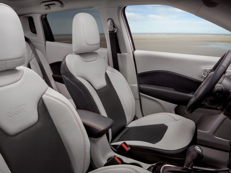 Anaheim CA - 2021 Jeep Compass's Interior
