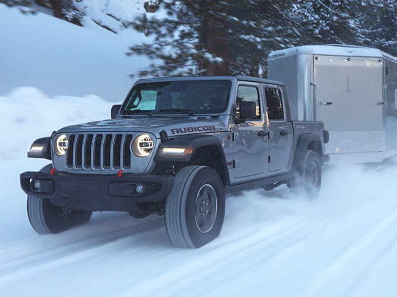 Wabash IN - 2021 Jeep Gladiator's Exterior