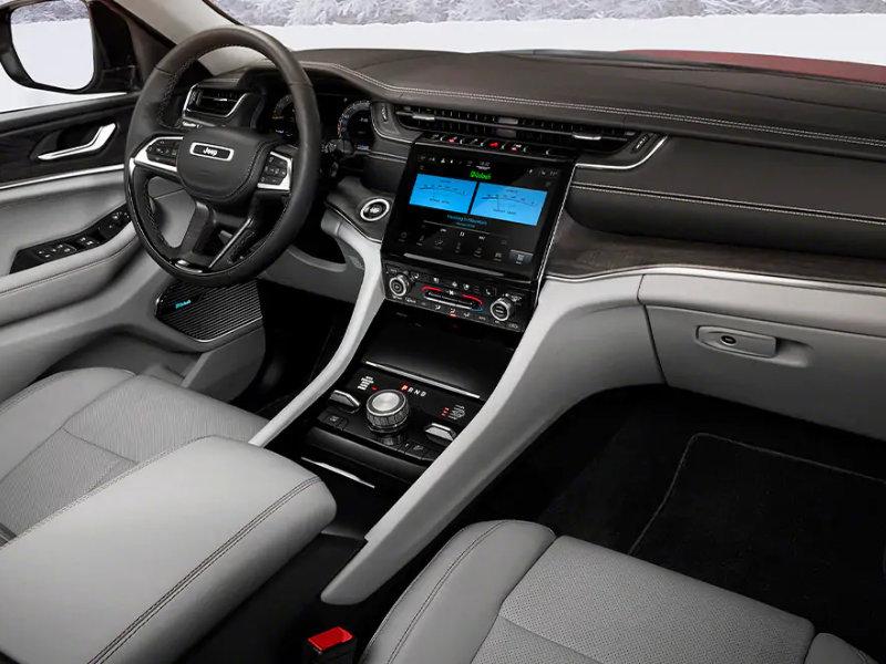 City of Industry CA - 2021 Jeep Grand Cherokee L's Interior