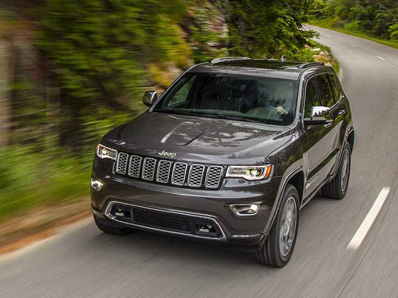 Clinton IA - 2021 Jeep Grand Cherokee Exterior