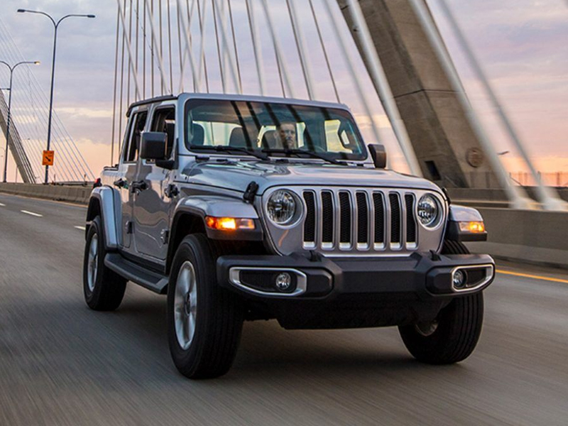 Puente Hills Jeep - Drive the eminently capable 2021 Jeep Wrangler near Cerritos CA