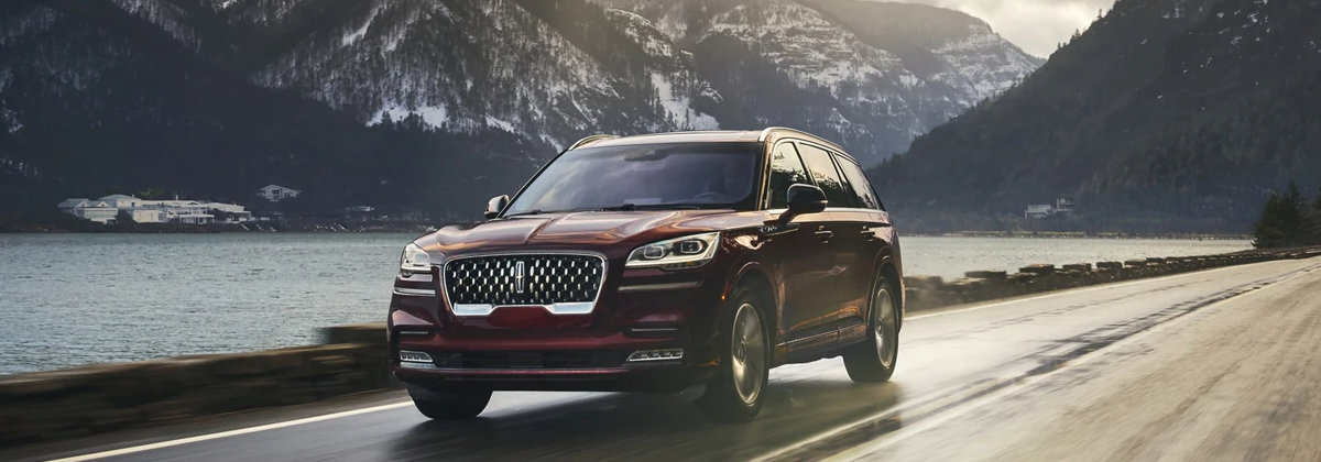Check out the 2021 Lincoln Aviator near Bixby Knolls CA