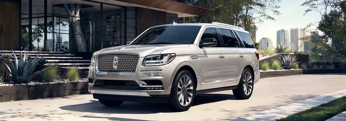 2021 Lincoln Navigator is the ultimate family vehicle near California Heights CA