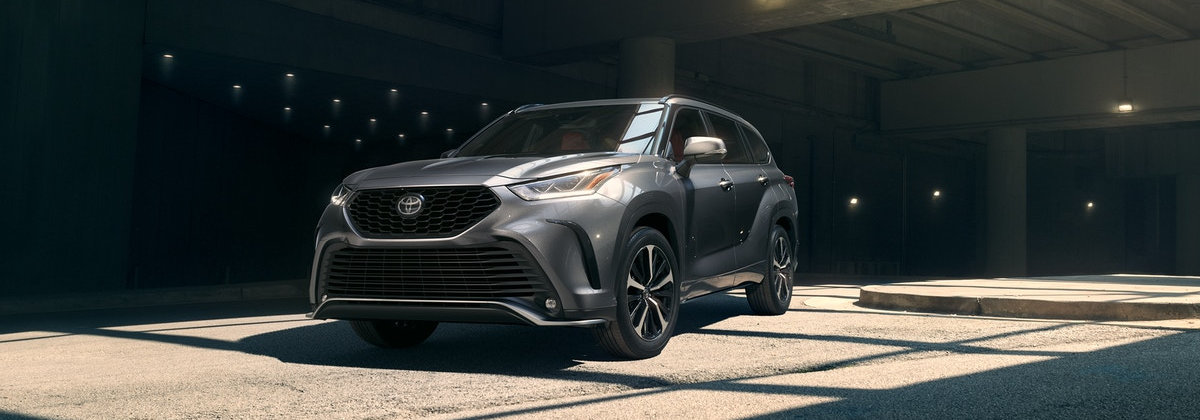 2021 Toyota Highlander lease deals near me Youngstown OH