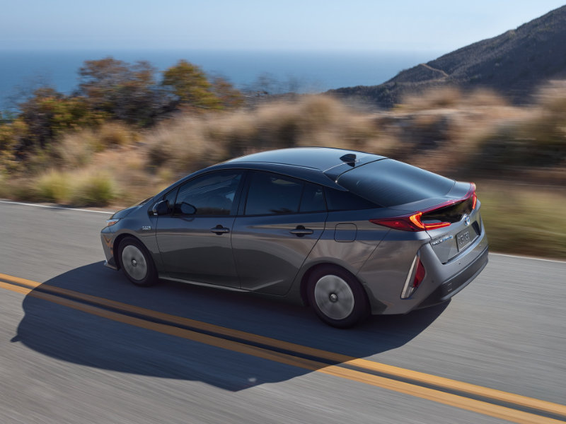Research 2021 Toyota Prius Prime near Warwick RI