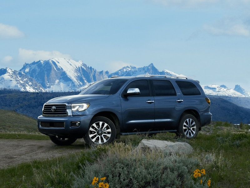 Toyota dealership near Youngstown OH - 2021 Toyota Sequoia