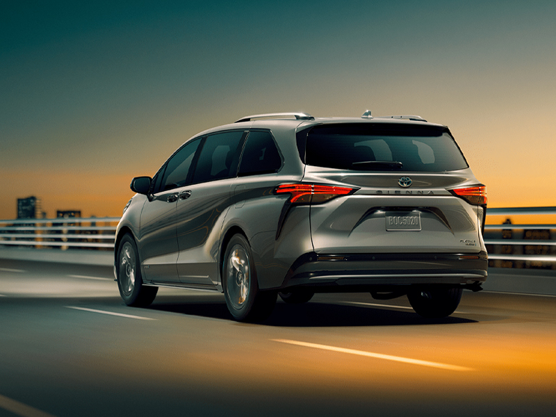 Pittsburgh PA - 2021 Toyota Sienna's Exterior
