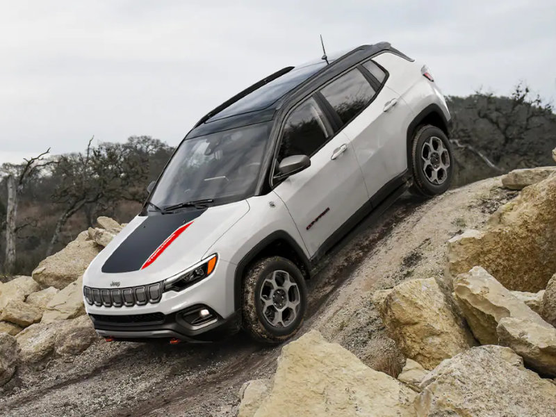 Fort Wayne IN - 2022 Jeep Compass's Exterior