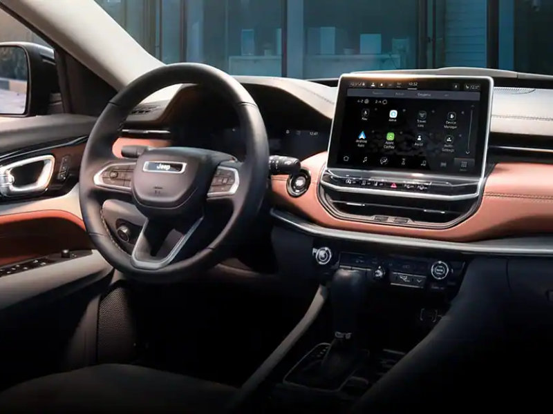 Fort Wayne IN - 2022 Jeep Compass's Interior