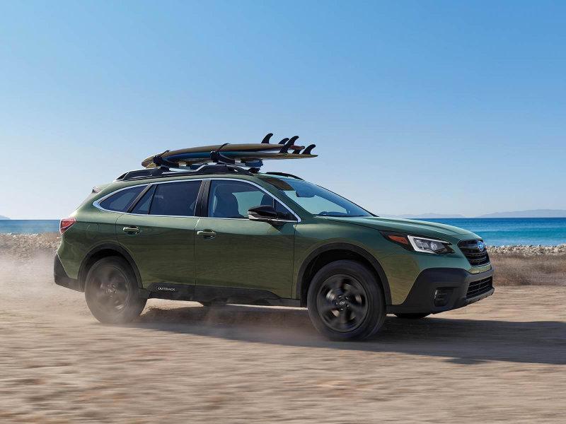 Drive the stylish 2022 Subaru Outback near Eldorado Springs CO