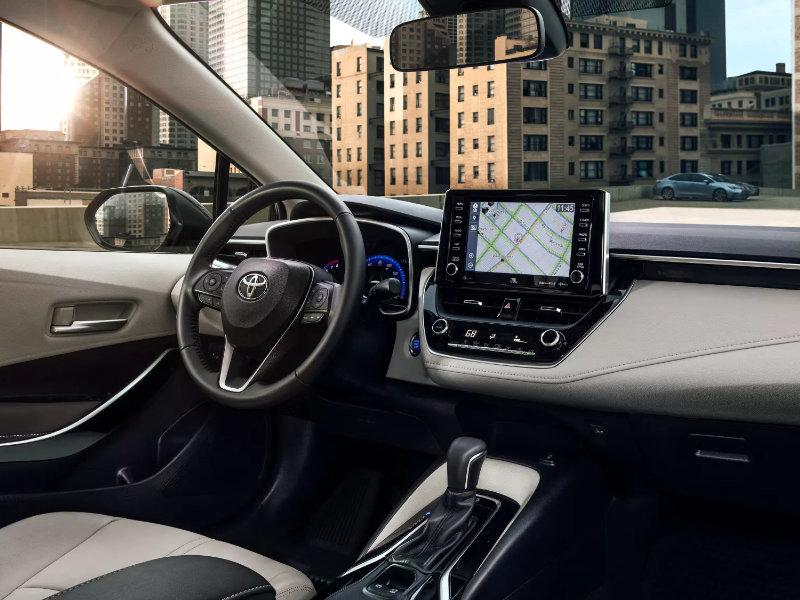 Warren OH - 2022 Toyota Corolla Hatchback's Interior