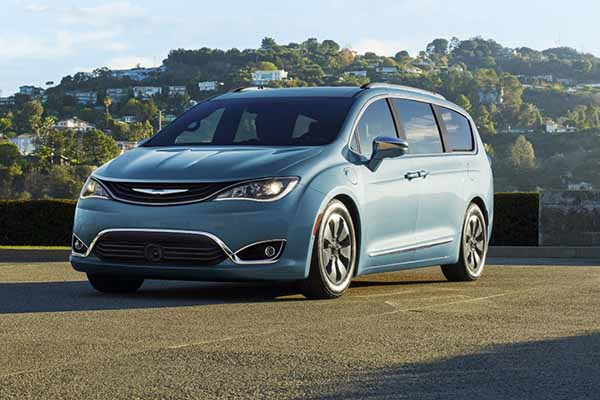 Test Drive 2017 Chrysler Pacifica By Canton Oh